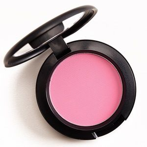 "MAC cosmetics blush in shade ""pink swoon"""